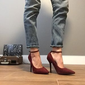 Shoes - Wine colored heels, point-toe-like new!